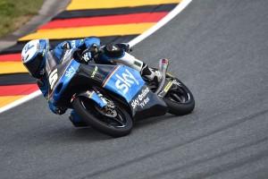 Moto3 Sachsenring: Fenati solo 17° a causa di una caduta, difficoltà per Migno