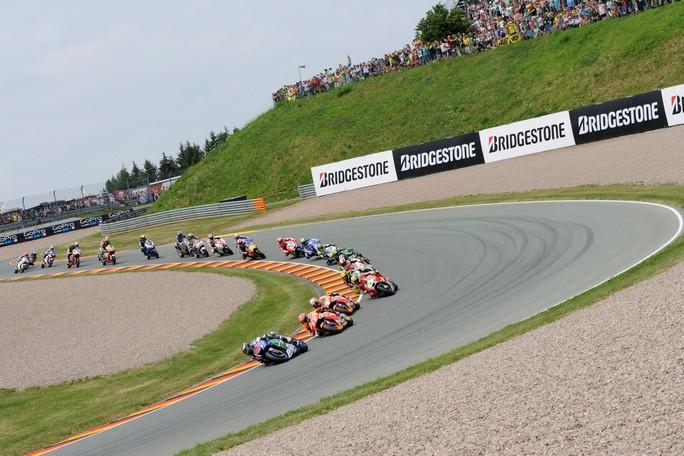 MotoGP Sachsenring:  L'anteriore asimmetrica Bridgestone promossa a pieni voti