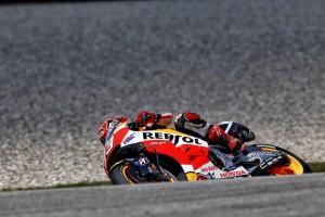MotoGP Sachsenring, Prove Libere 1: Marquez davanti a Rossi, fatica Lorenzo