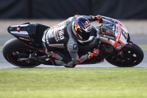 MotoGP Silverstone: Bradl 14° regala all'Aprilia la miglior qualifica stagionale, Bautista 20°