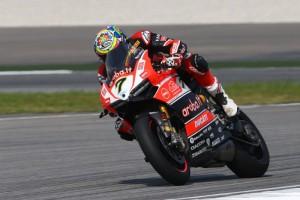 Superbike: Chaz Davies conquista la vittoria in Gara 2 a Sepang