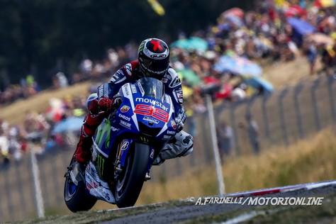 MotoGP Brno: Pole position per Jorge Lorenzo, Rossi in prima fila