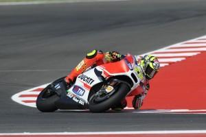 MotoGP Misano: Andrea Iannone (13°) caduto per assenza di grip all'anteriore