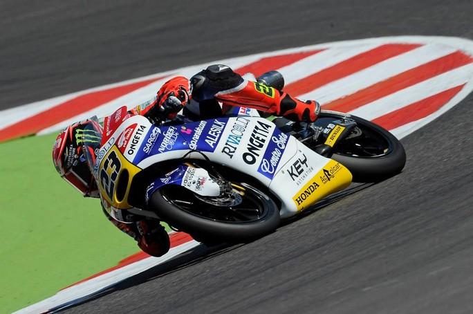 Moto3 Misano Warm Up: Antonelli davanti a Bastianini