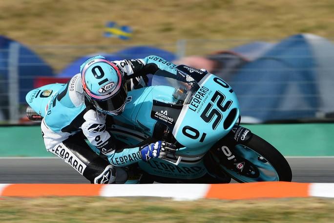 Moto3 Misano, Prove Libere 2: Kent davanti ad Antonelli