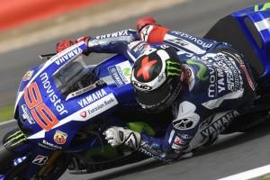 MotoGP Misano, Prove Libere 2: Lorenzo al Top, Dovizioso è 4°, Rossi 5°, bene Petrucci