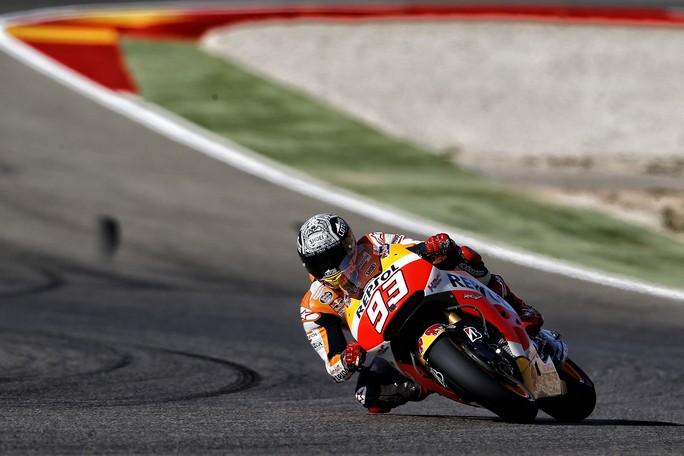 MotoGP Aragon, Prove Libere 3: Marquez è il più veloce, Rossi è terzo
