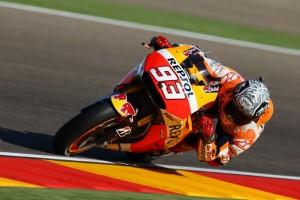 MotoGP Aragon: Marquez, pole con record e caduta, immenso Iannone, Rossi è 6°