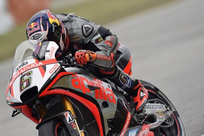 MotoGP: 14° e 17° casella per Bradl e Bautista