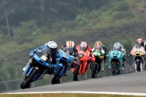 Moto3: Fenati 5° a mezzo secondo dalla vittoria, Migno out