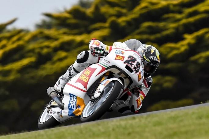 Moto3: ottimo Manzi 16°, più indietro Pagliani 34°