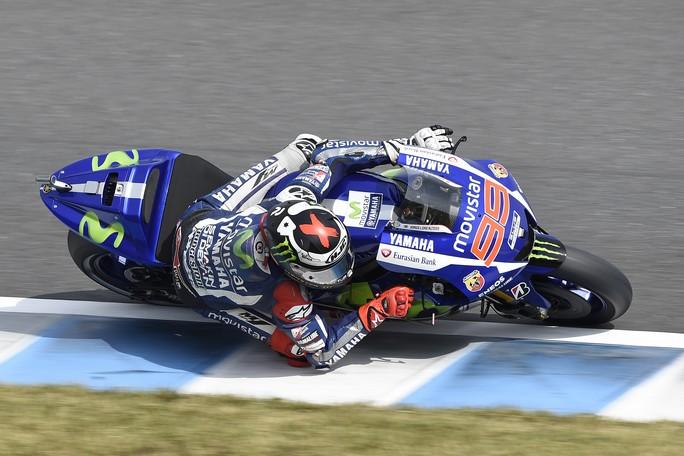 MotoGP Phillip Island, Prove Libere 1: Lorenzo in testa, Rossi è terzo