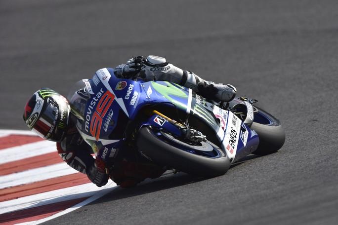 MotoGP Sepang, Prove Libere 2: Lorenzo al Top, Rossi ottavo