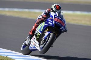 MotoGP Motegi: La pole va a Lorenzo che beffa Rossi con un giro record