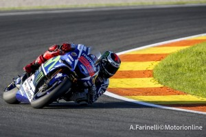 """MotoGP Test Valencia: Jorge Lorenzo, """"La M1 2016 è quella che si adatta meglio alle Michelin"""""""