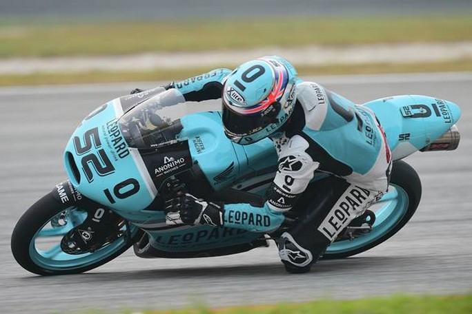 Moto3 Valencia, Prove Libere 1: Kent al comando, ottimo l'esordio di Bulega