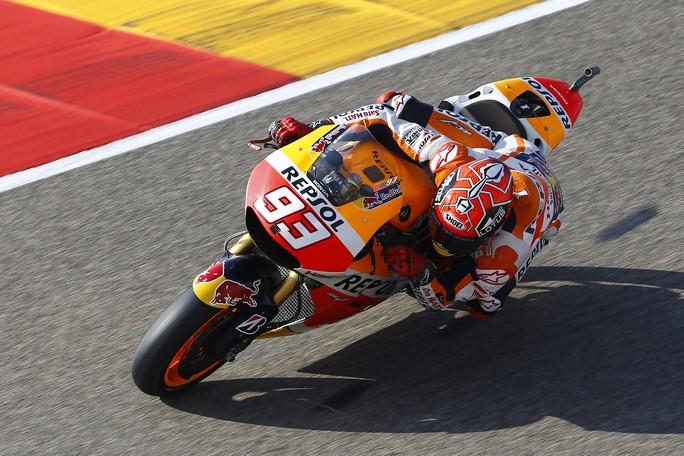 MotoGP Valencia, Prove Libere 1: Marquez davanti a Lorenzo, Rossi è 5°