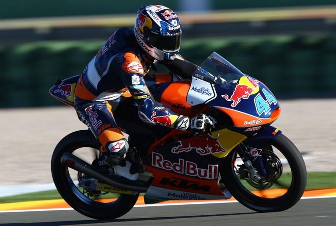 Moto3 Valencia, Prove Libere 3: Oliveira beffa Navarro, Fenati è terzo