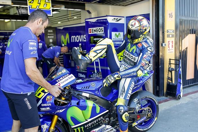 """MotoGP: Valentino Rossi """"The Game"""", la sua carriera in un videogioco"""