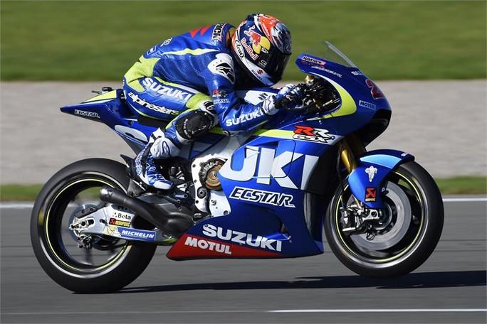 MotoGP: Test Sepang, la Suzuki in pista con il seamless