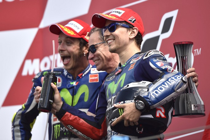 "MotoGP: Lin Jarvis (Yamaha), ""Essere neutri ci ha aiutato a gestire Rossi e Lorenzo"""