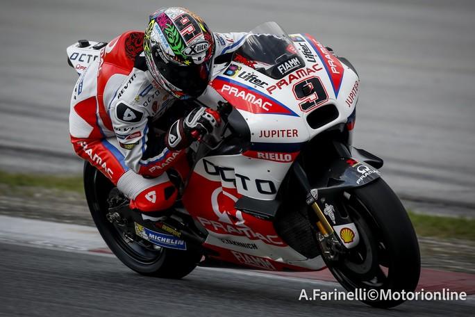 Moto Gp, Valentino Rossi con un casco speciale ai test invernali