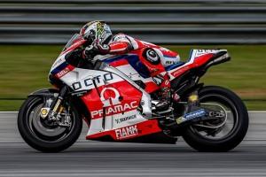 MotoGP: Test Sepang Day 2, Petrucci chiude in testa davanti a Lorenzo, Rossi è 6°