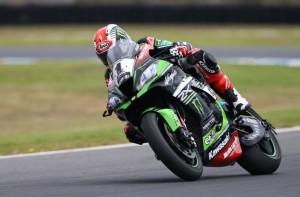 Superbike: Jonathan Rea trionfa all'ultimo giro a Phillip Island