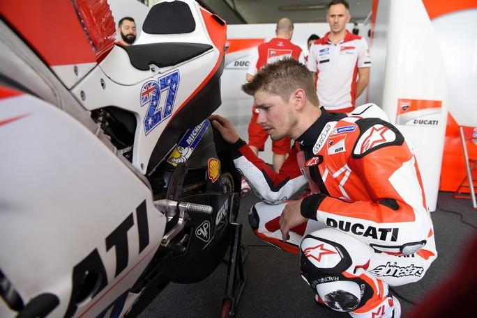 MotoGP: Casey Stoner sarà in pista nel Day 2 dei test di Sepang