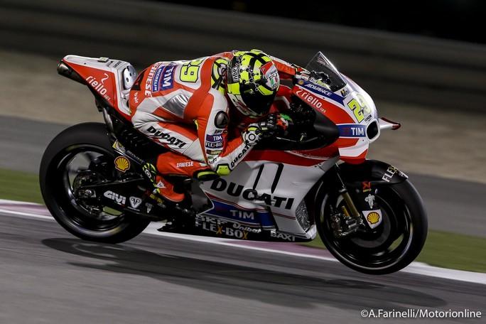 MotoGP Qatar, Prove Libere 3: Iannone ancora al Top, Rossi è settimo