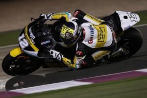 """Moto2 Qatar: Luthi vince davanti ad un """"penalizzato"""" Morbidelli, sul podio Salom e Corsi"""