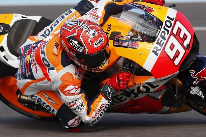 MotoGP Argentina: Marquez vince davanti a Rossi, patatrac Ducati