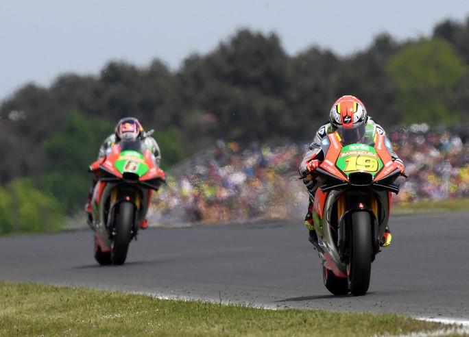 MotoGP Francia: top-ten per i piloti Aprilia
