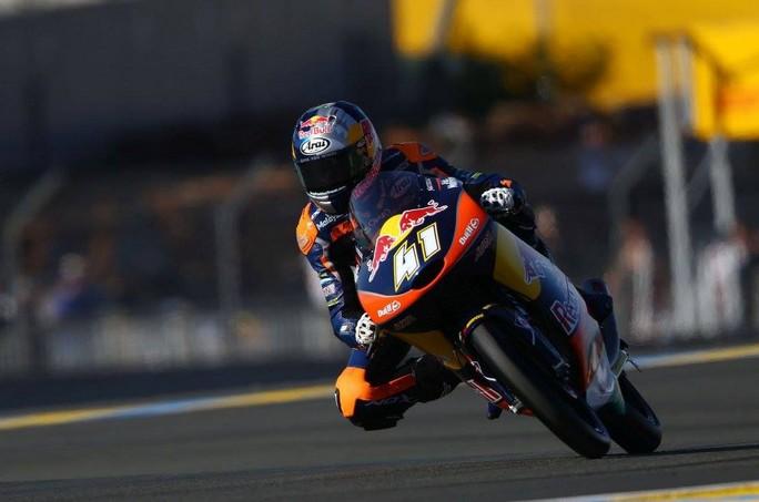 Moto3 Le Mans: Binder batte Fenati, Navarro sul Podio