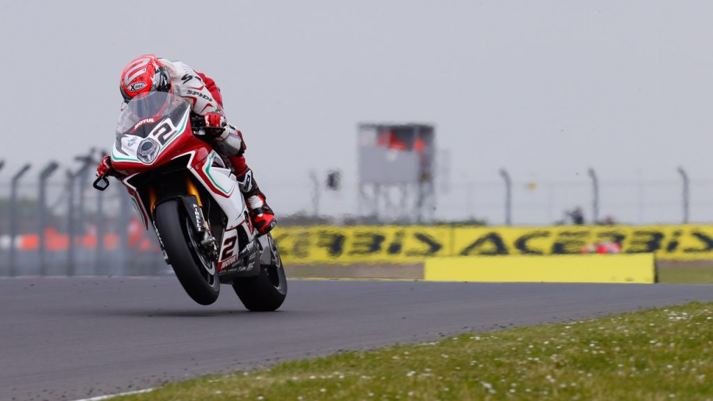 Superbike Donington: Fine settimana positivo per Leon Camier