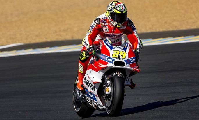 MotoGP Mugello, Prove Libere 2: Zampata di Iannone, Pirro è terzo, Rossi sesto
