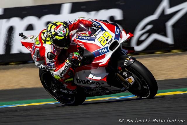MotoGP Le Mans: Parola a Lorenzo, pole con record, Marquez e Iannone
