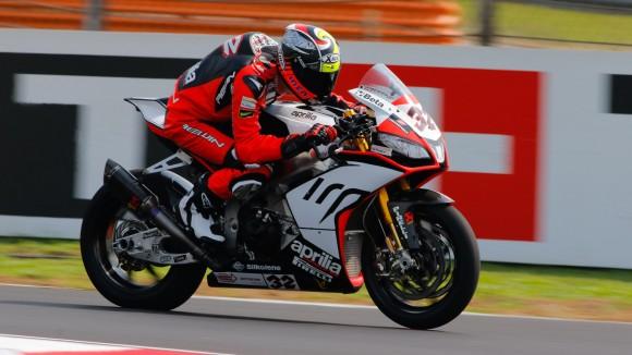 Superbike Malesia, FP2: Lorenzo Savadori è il più veloce nella seconda sessione di libere