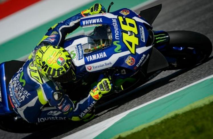 Valentino Rossi infuoca il Mugello Il dottore è in pole secondo Vinales