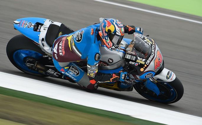 MotoGP Assen: Miller vince una gara ad eliminazione, fuori Rossi e Dovizioso