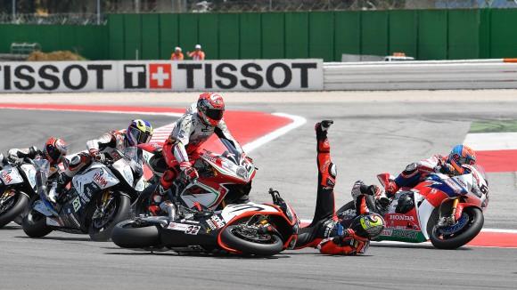 Superbike Misano, Gara 1: Corsa complicata per Leon Camier