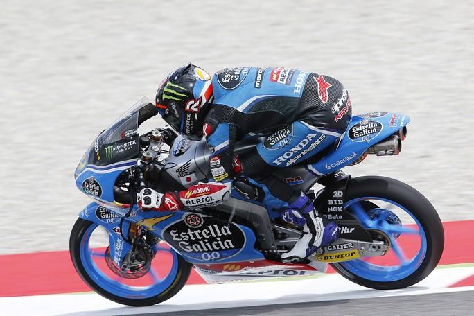 Moto3 Barcellona, Prove Libere 3: Navarro davanti ad Antonelli