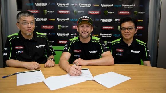 Superbike: Tom Sykes rinnova con la Kawasaki