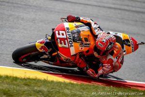 MotoGP Sachsenring: Capolavoro Marquez, Rossi solo ottavo, Dovizioso a podio