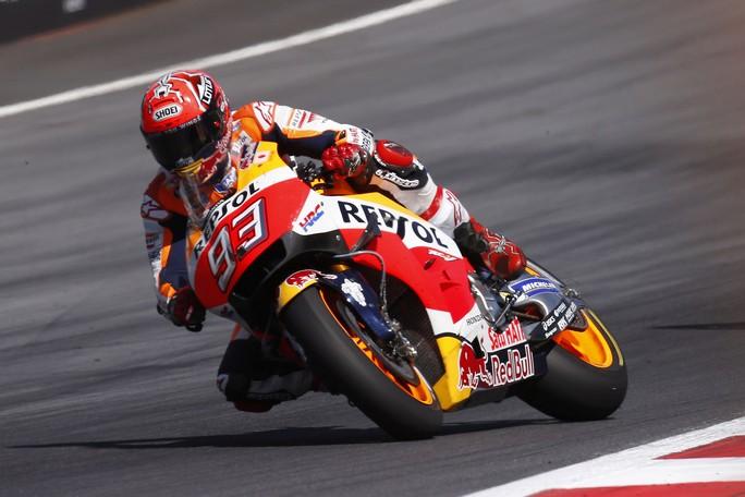 MotoGP Brno, FP2: Marquez davanti a Iannone, Rossi è quinto