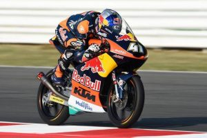 Moto3 Misano: Binder in pole, prima fila per Bastianini e Bulega