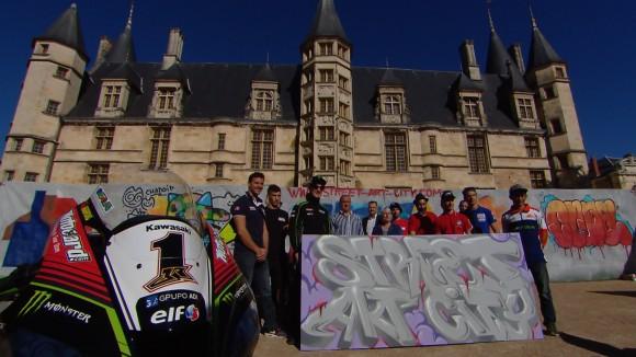 Superbike Magny-Cours: I piloti si improvvisano Street-artists