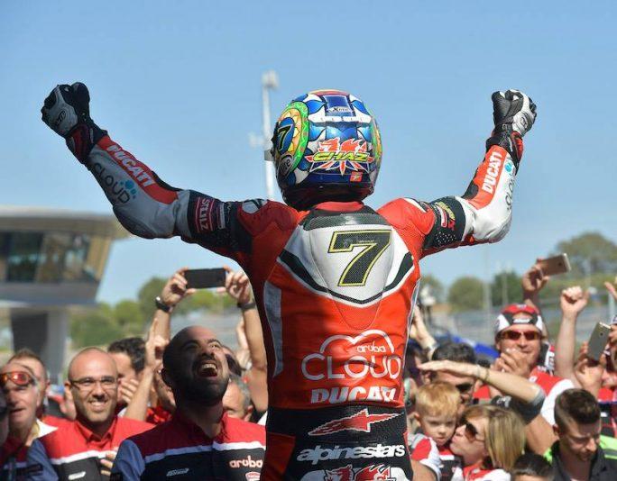 Superbike Jerez, Gara1: quarta vittoria su cinque per Chaz Davies