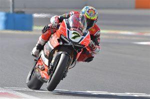 Superbike Magny-Cours, Prove Libere: Chaz Davies domina la prima giornata