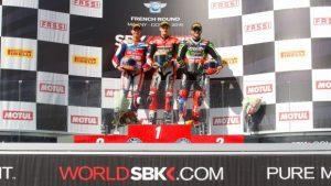 Superbike Magny-Cours, Gara 1: Chaz Davies osa e vince